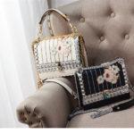花柄バッグショルダーバッグ、黒ブラックと白ホワイトリベット装飾と花の刺繍のスプリットレザーフラワーバッグ、レディースハンドバッグeudflower001