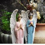 天使の女神、ガーデニング天使、天使置物、天使雑貨グッズ、心ハートを両手で大切に持っている水色ドレスの天使とお祈りしているピンクドレスの天使の女神、エンジェルオブジェ、オーナメントフィギアsh46angel001