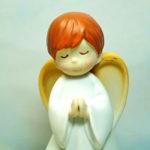 """<span class=""""title"""">天使置物、エンジェル人形、天使雑貨グッズ、白いローブを着て目をつむって両手を合わせお祈りをしている天使人形、エンジェルオブジェオーナメントフィギアjsangel014</span>"""