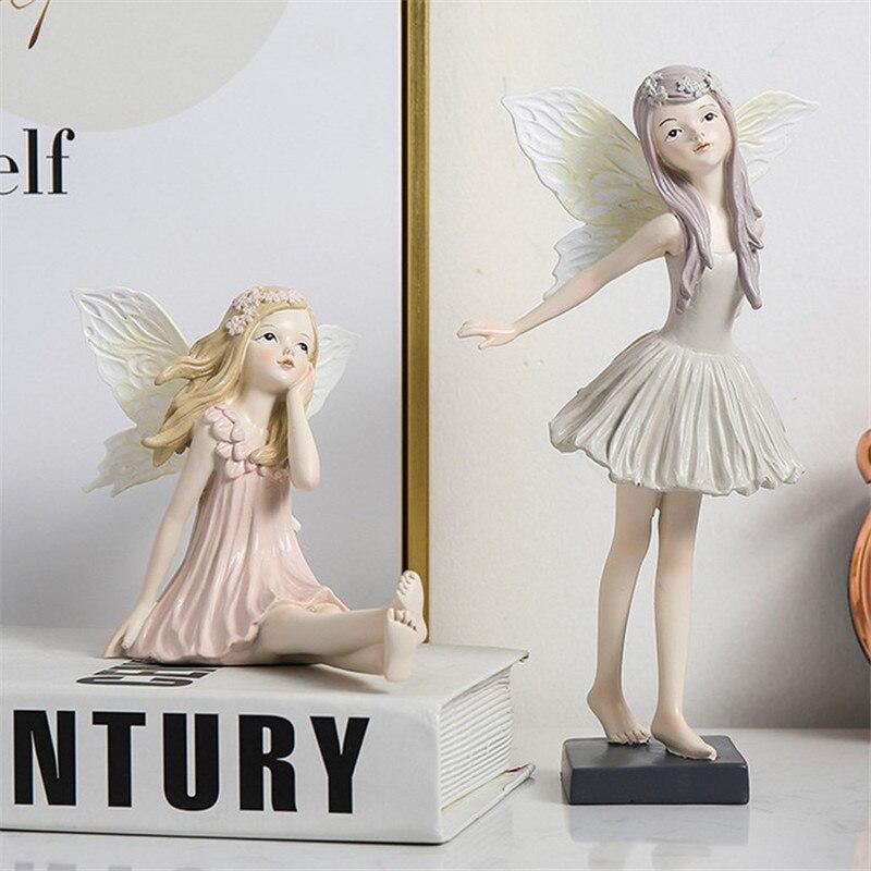 妖精置物、妖精人形、妖精雑貨グッズ、頭に花冠を付けて可愛いポーズをしているフェアリー人形、フェアリーオブジェオーナメントフィギア