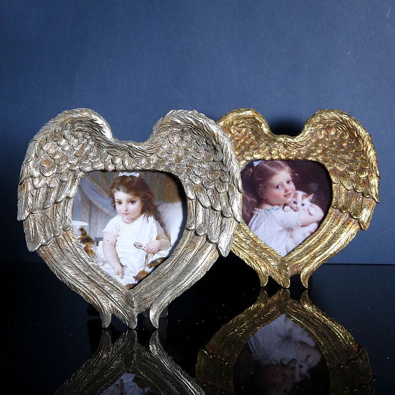 天使の翼フォトフレーム、天使の羽フォトスタンド、天使の写真立て、銀色シルバーと金色ゴールドフォトフレームの天使雑貨、エンジェルウィング、ハート型フォトフレーム、インテリア雑貨beacraangel001
