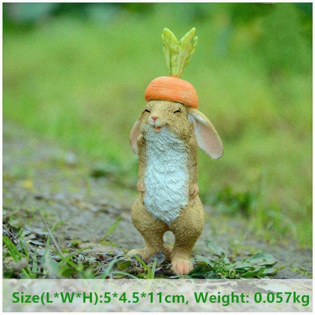 ウサギ置物、ウサギ人形、ニンジン帽子をかぶって笑顔がおちゃめなうさぎ、兎のフィギア、ウサギオブジェecqdrabbit024